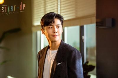スタートアップ-夢の扉- Netflix 韓国ドラマ ネットフリックス ハン・ジピョン(キム・ソノ)
